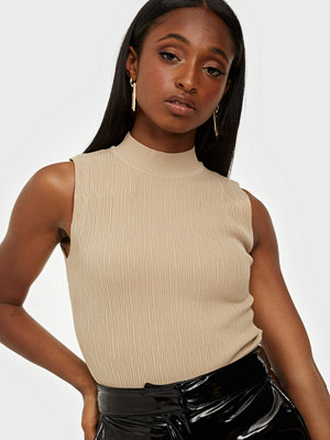 Missguided Textured Cut Out Knitted Body