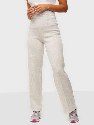 NLY Trend vita byxor Straight Cozy Pants