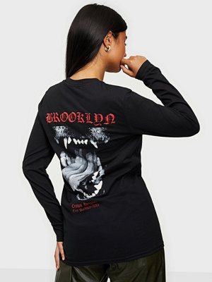 Toppar - Missguided Graphic Long Sleeve Tee