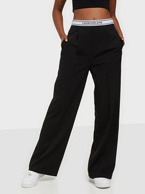 Calvin Klein Jeans byxor Logo Elastic Drapey Pant