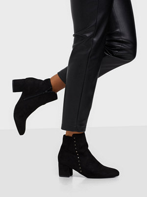 Duffy Studded Boots