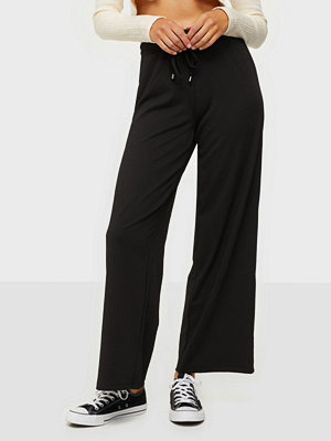 Pieces svarta byxor Pcmargaret Mw Wide Pants