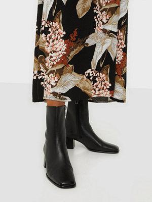 Filippa K Eileen Leather Boot