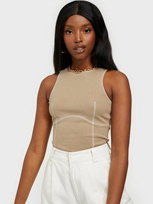NLY Trend Seam Detailed Top