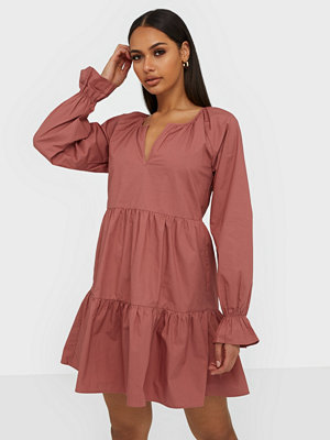 NLY Trend Volume Dress