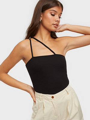 NLY Trend Tight Strap Top