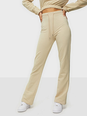 NLY Trend omönstrade byxor Flirty Sweat Pants