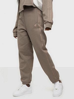 Adidas Originals omönstrade byxor Cuffed Pant Brown