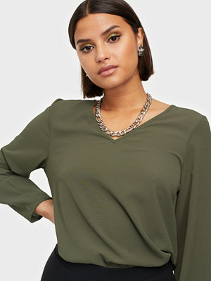 Only ONLVIC LS SOLID V NECK TOP WVN