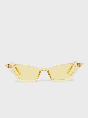 Glamorous Yellow Sunglasses