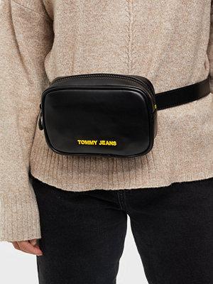 Tommy Jeans svart väska TJW NEW GEN BUMBAG