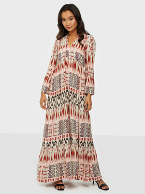 Jacqueline de Yong Jdytravis Life 7/8 Long Layer Dress