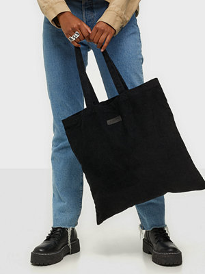 NuNoo svart väska Shopper corduroy