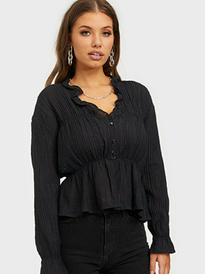 NLY Trend Romantic Chi Blouse