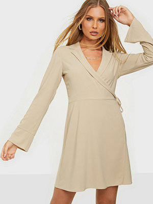 NLY Trend Soft Blazer Dress