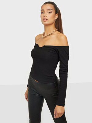 NLY Trend Off Shoulder V Top