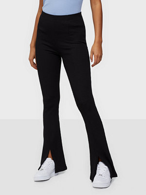NLY Trend svarta byxor Rib Slit Pants
