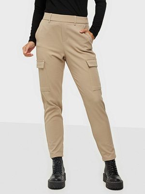 Vero Moda omönstrade byxor Vmmaya Mr Loose Cargo Pant Color