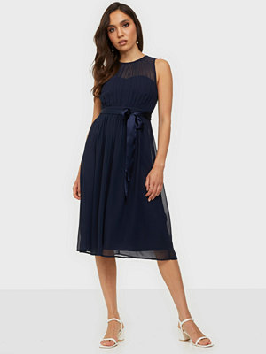 NLY Trend Such A Dream Midi Dress