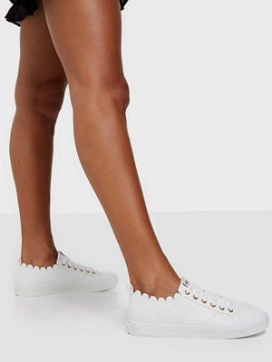 Sneakers & streetskor - ONLY SHOES ONLSUNNY-1 PU SCALOP SNEAKER