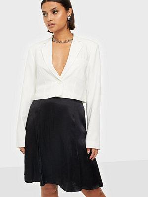 Selected Femme Slfmaralda Mw Short Satin Skirt B