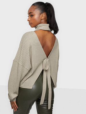 NLY Trend Open Back Knot Top