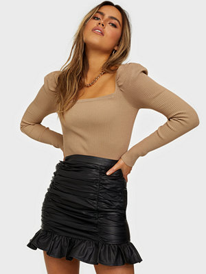 NLY Trend Pu Ruche Skirt