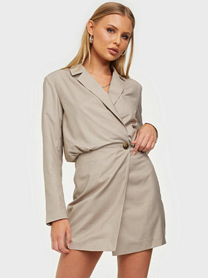 NLY Trend Oversized Blazer Dress