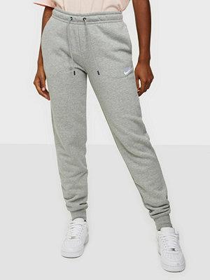 Nike ljusgrå byxor W Nsw Essntl Pant Reg Flc