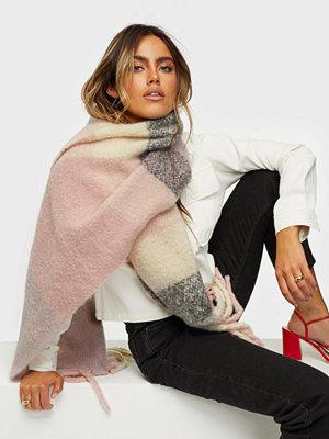 Halsdukar & scarves - NLY Accessories Soft Chunky Scarf