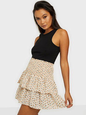 Neo Noir Carin Narrow Flower Skirt