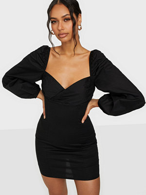 NLY Trend Body Hugging Dress
