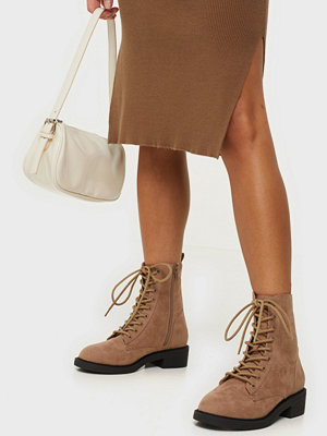 NLY Shoes Lace Up Suede Boot