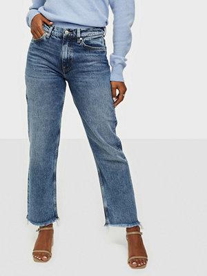 Gant D1. CROPPED AUTHENTIC JEANS
