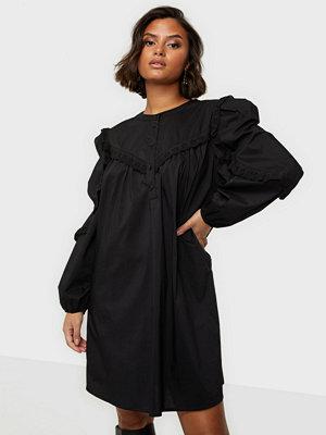 Jacqueline de Yong JDYENYA LIFE L/S SHORT DRESS WVN