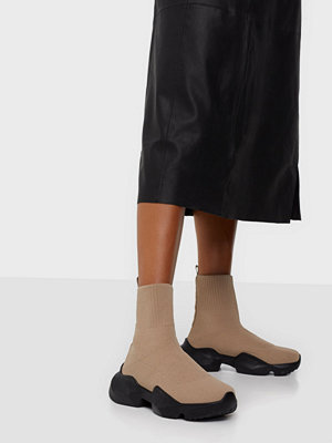 Boots & kängor - NLY Shoes Chunky Sock Runner