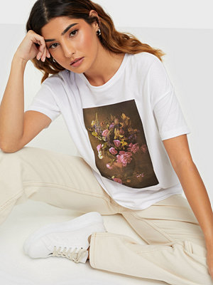 Only ONLFLORA S/S FLOWER BOX TOP JRS