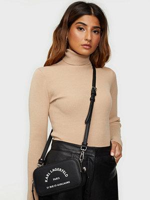Karl Lagerfeld svart väska med tryck Rue St Guillaume Camera Bag
