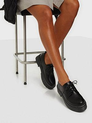Boots & kängor - Duffy Low Laced Platform