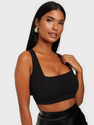 Toppar - NLY One Wide Strap Crop Top