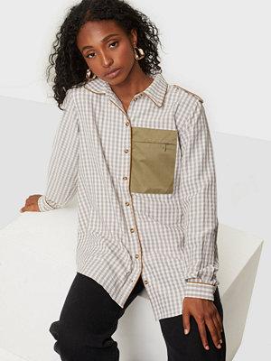 Résumé Aliyah Shirt