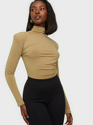 NLY One Ruched Detail Body