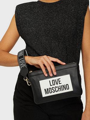 Love Moschino svart väska med tryck BOLD LOGO ON TAG