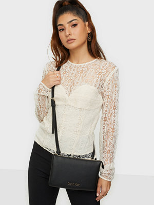 Calvin Klein svart väska EW CROSSBODY DOUBLE