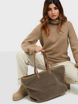 Only omönstrad väska ONLALEXIS TEDDY SHOPPER