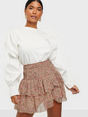 Neo Noir Carin Dynamic Flower Skirt