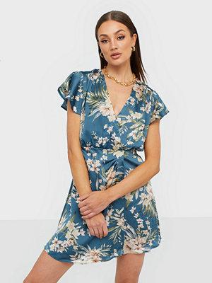 Ax Paris Wrap Flower Satin Dress