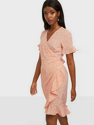 Vero Moda VMHENNA 2/4 WRAP FRILL DRESS EXP GA
