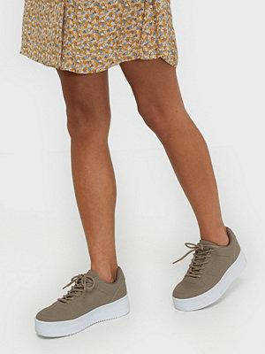 Sneakers & streetskor - NLY Shoes Flirty Platform Sneaker