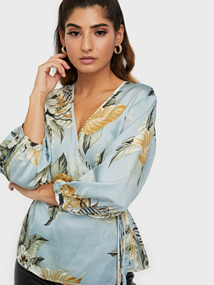 Sisters Point Esna Blouse